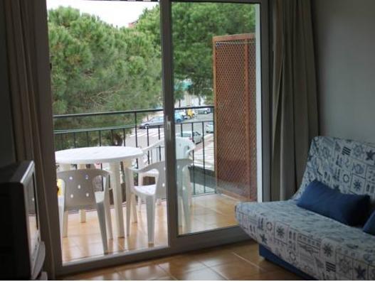 Apartaments Les Roques - фото 11