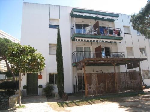 Apartaments Les Roques - фото 12
