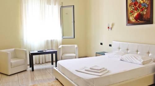 Aurelis Hotel - фото 3