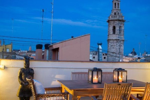 Valencia Luxury Downtown Penthouse - фото 10