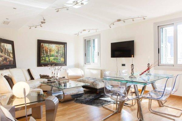 BizFlats Eixample Apartments - фото 8