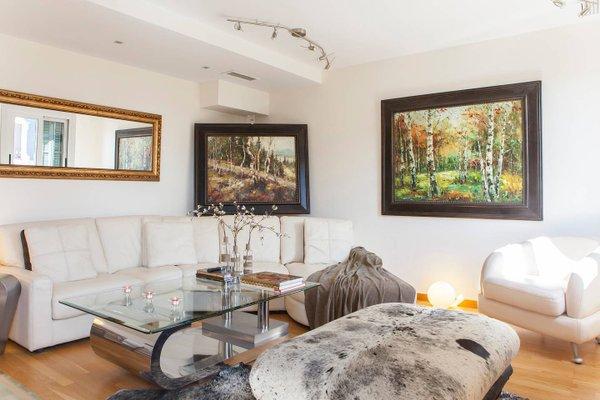 BizFlats Eixample Apartments - фото 9