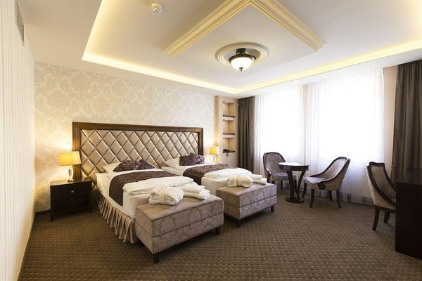Hotel Dvorana - фото 1