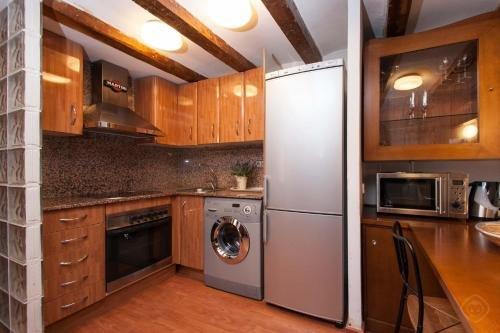 Rustic Poble Sec Apartment - фото 14