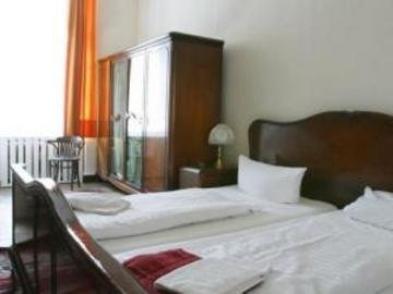 Hotel-Pension-Charlottenburg - фото 2