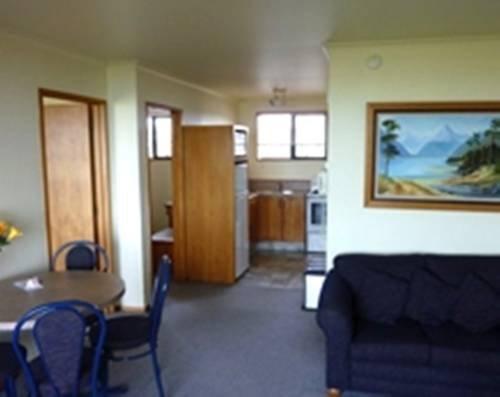 Baywatch Motor Lodge - фото 11