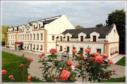 Romantic Hotel Mlyn Karlstejn - фото 22