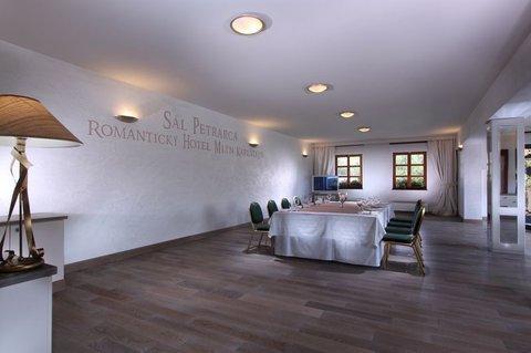 Romantic Hotel Mlyn Karlstejn - фото 4