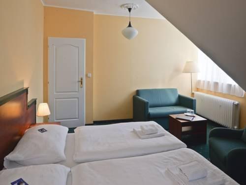 EA Hotel Esplanade - фото 2