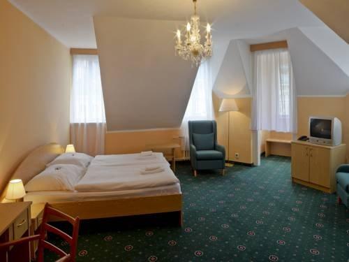 EA Hotel Esplanade - фото 4