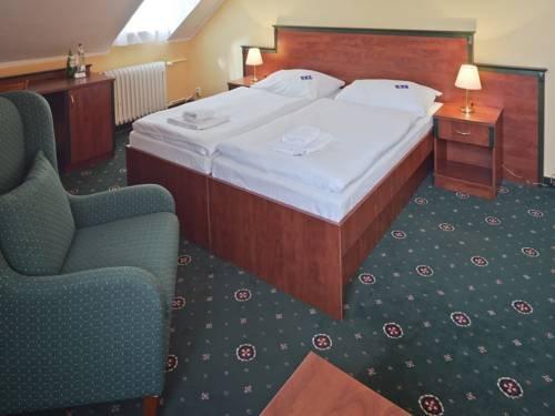 EA Hotel Esplanade - фото 7