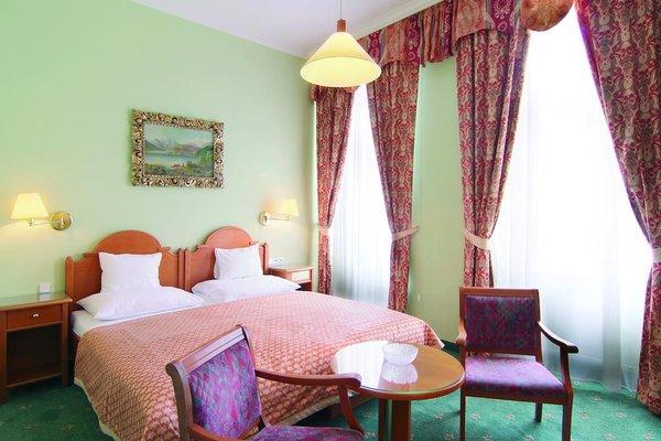 Pavlov Hotel - фото 0