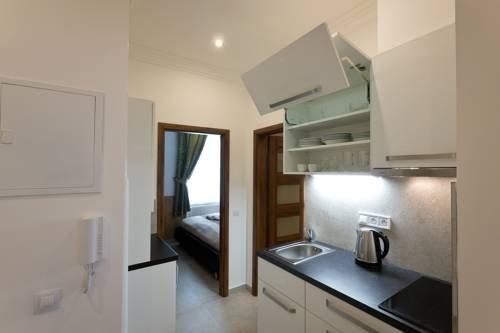 Apartment - Karla Capka Street - фото 9