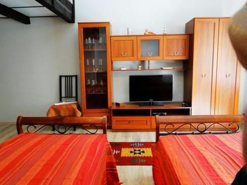 Muna Apartments - Iris - фото 2