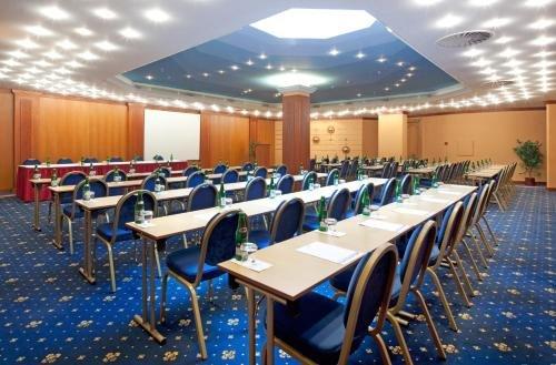 Hotel Concertino Zlata Husa - фото 15