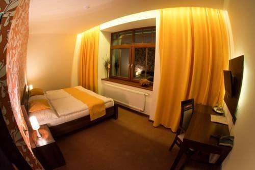 Hotel Slunny Dvur - фото 1