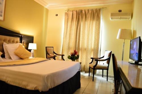 Hotel Makepe Palace - фото 4