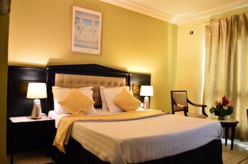 Hotel Makepe Palace - фото 2