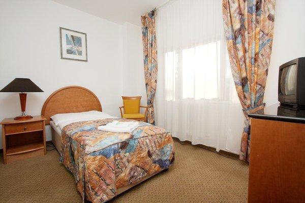 Отель Chotol - фото 4