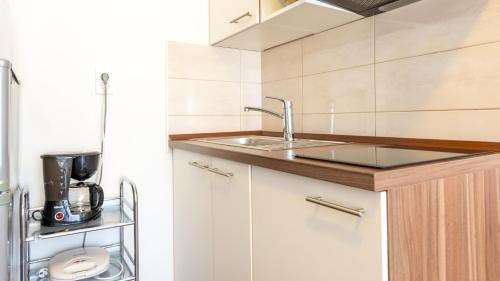 Apartments Sandra Solitudo - фото 12