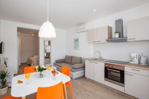 Apartments Sandra Solitudo - фото 14