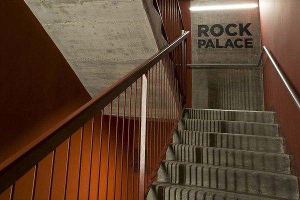 Sant Jordi Hostel Rock Palace - фото 12