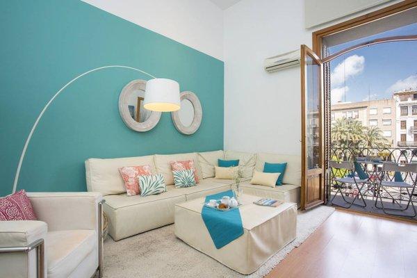 Spain Select Plaza de la Reina Apartments - фото 19