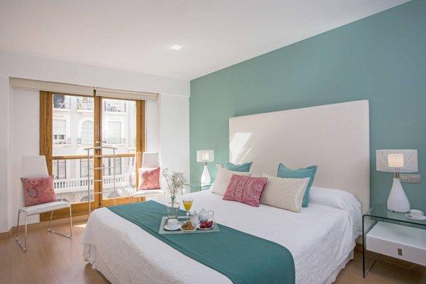 Spain Select Plaza de la Reina Apartments - фото 13