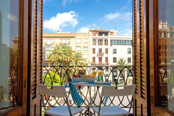 Spain Select Plaza de la Reina Apartments - фото 2