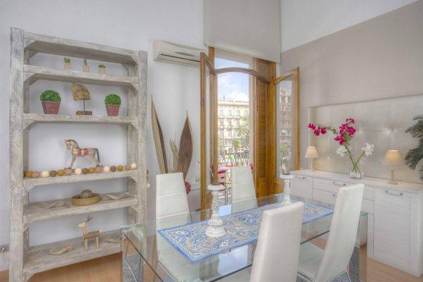 Spain Select Plaza de la Reina Apartments - фото 8