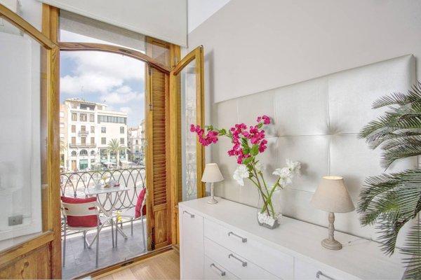 Spain Select Plaza de la Reina Apartments - фото 9
