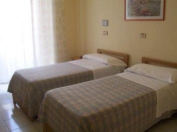 Hotel Pensione Romeo - фото 9