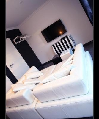 Guest House Verone Rocourt - фото 12