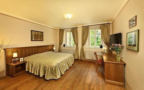Hotel Edward Kelly - фото 2
