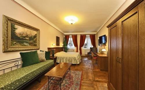 Hotel Edward Kelly - фото 4