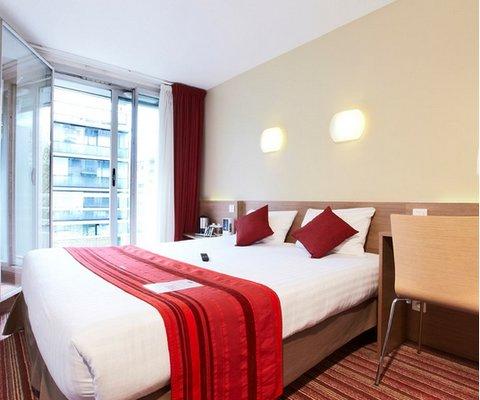 Kyriad Hotel Paris Bercy Village - фото 1