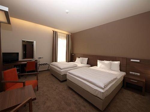 Hotel Budweis - фото 3