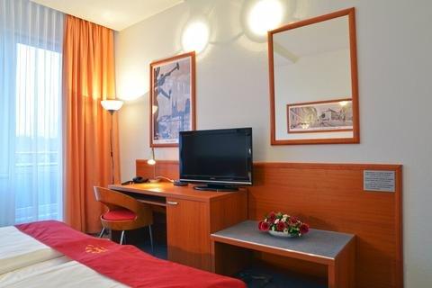 Avanti Hotel - фото 5