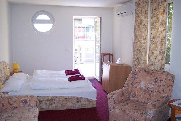Hotel Amphone - фото 1