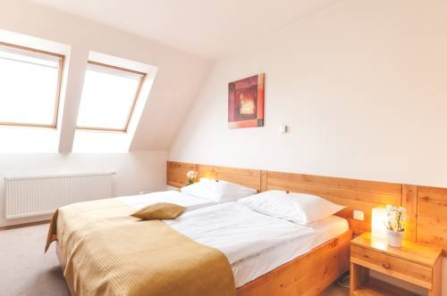 Hotel Slunecni dvur - фото 4