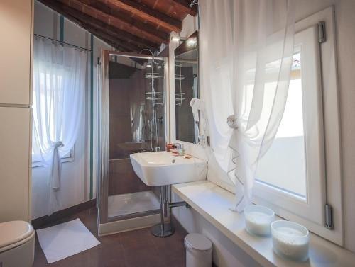 Apartments Florence- Santa Maria Novella - фото 2