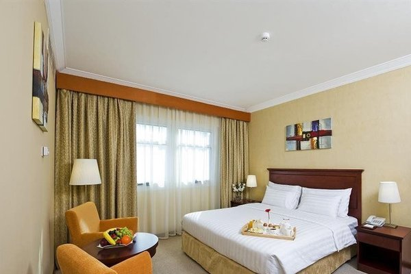 Richmond Green Hotel - фото 1
