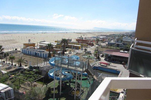 Hotel Carlton Beach - фото 22