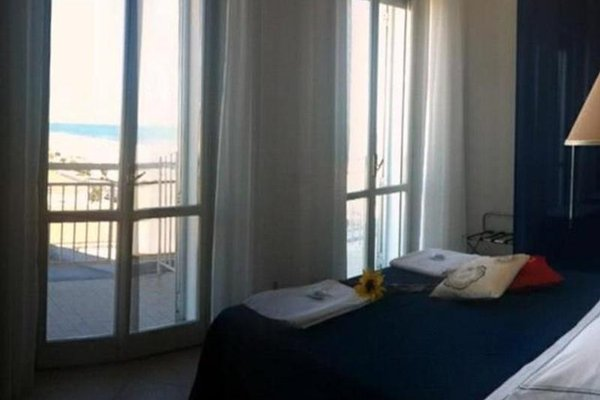 Hotel Carlton Beach - фото 4
