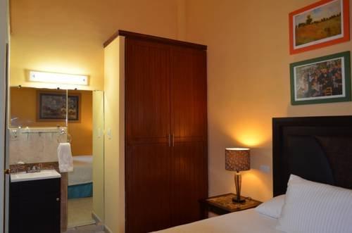 Hotel del Capitan de Puebla - фото 4