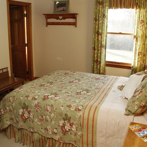 Photo of On Cranberry Pond Bed and Breakfast