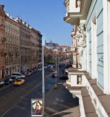 Royal Prague City Apartments - фото 22