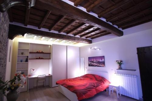 Visit Florentia Apartment - фото 13