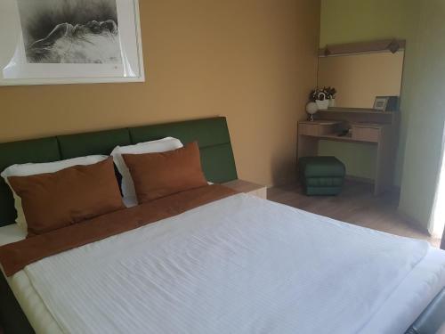 Jeweller Hotel - фото 2