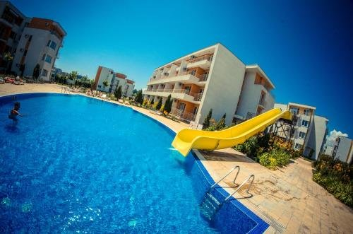 Nessebar and Holiday Fort Apartments - фото 25